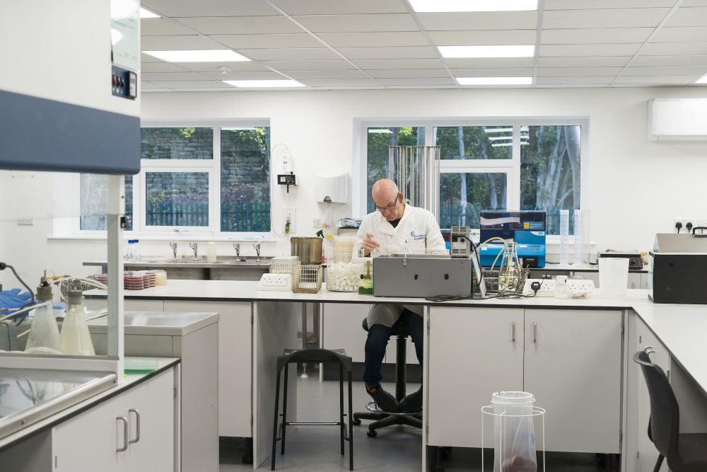 Contract Laboratory | Don Whitley Scientific